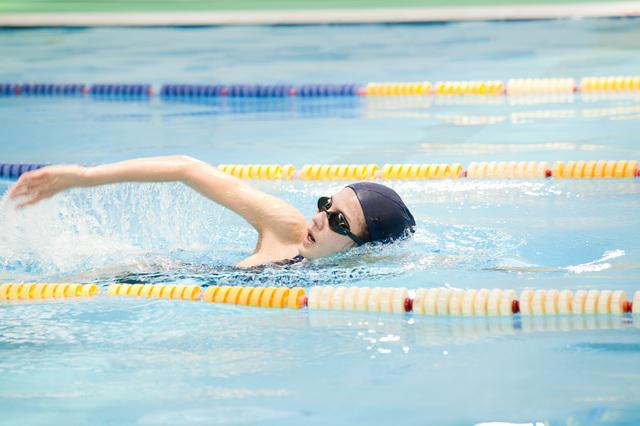 水泳を上達させる有名大学水泳部コーチの指導法教材